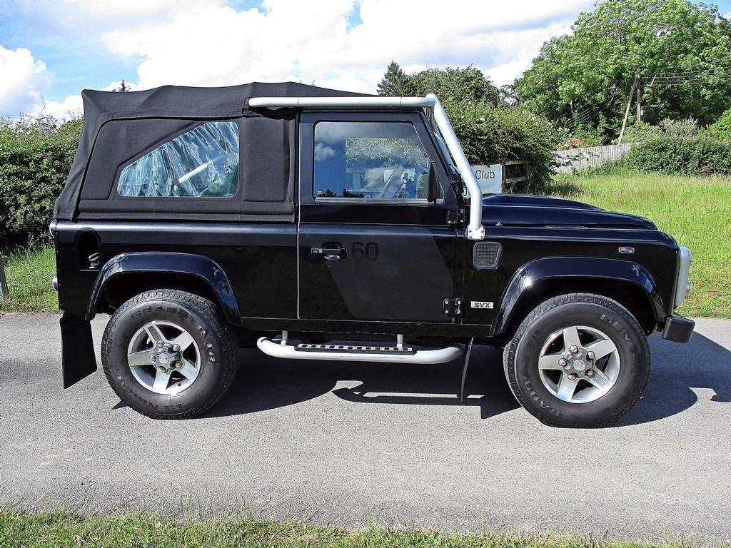 2019 Land Rover Defender SVX photo - 3