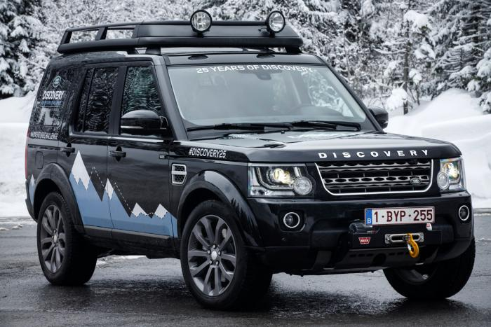 2019 Land Rover Discovery XXV Edition photo - 4