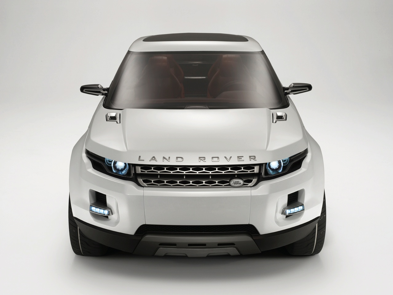 2019 Land Rover Land e Concept photo - 4