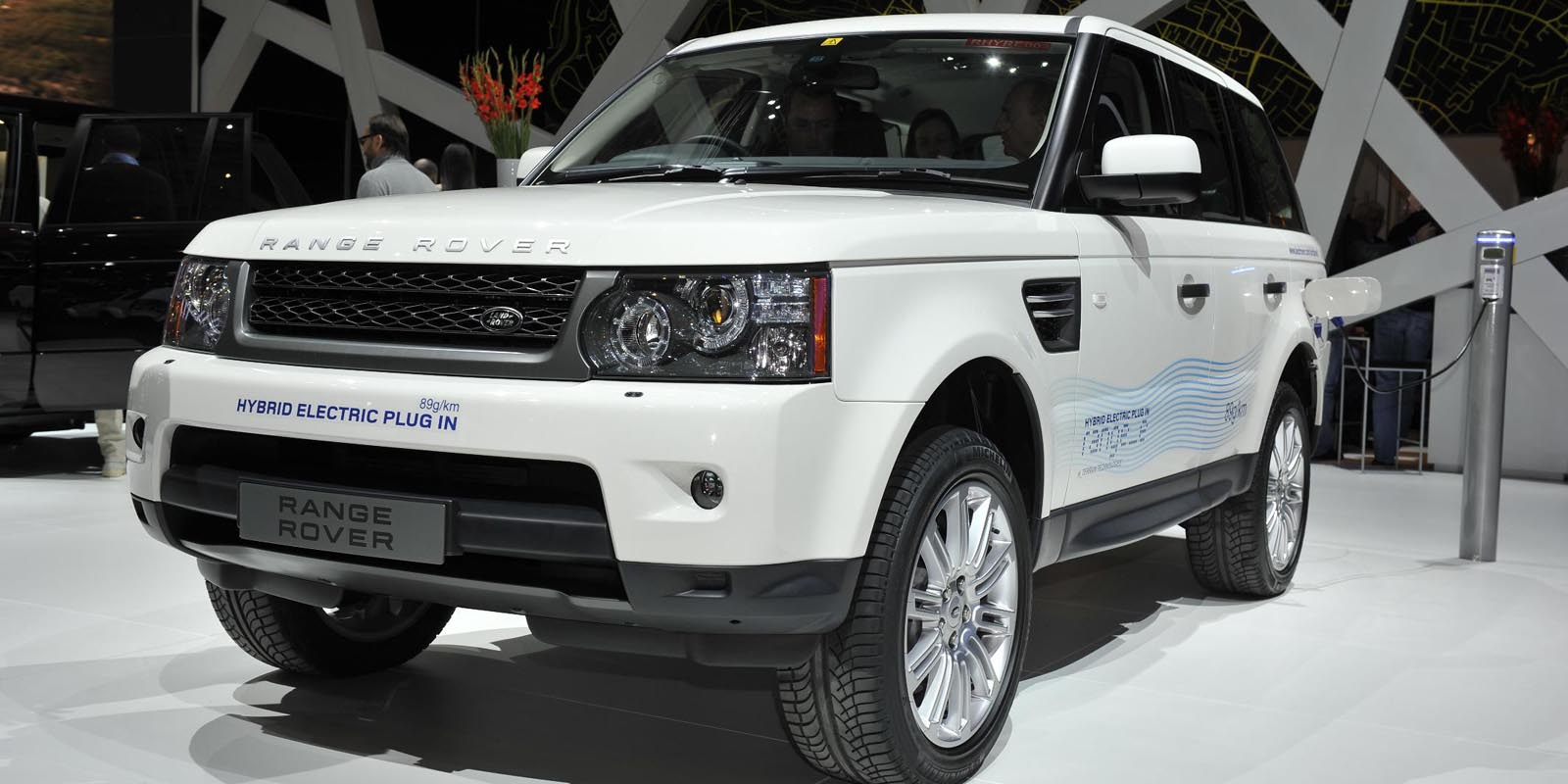 2019 Land Rover Land e Concept photo - 6