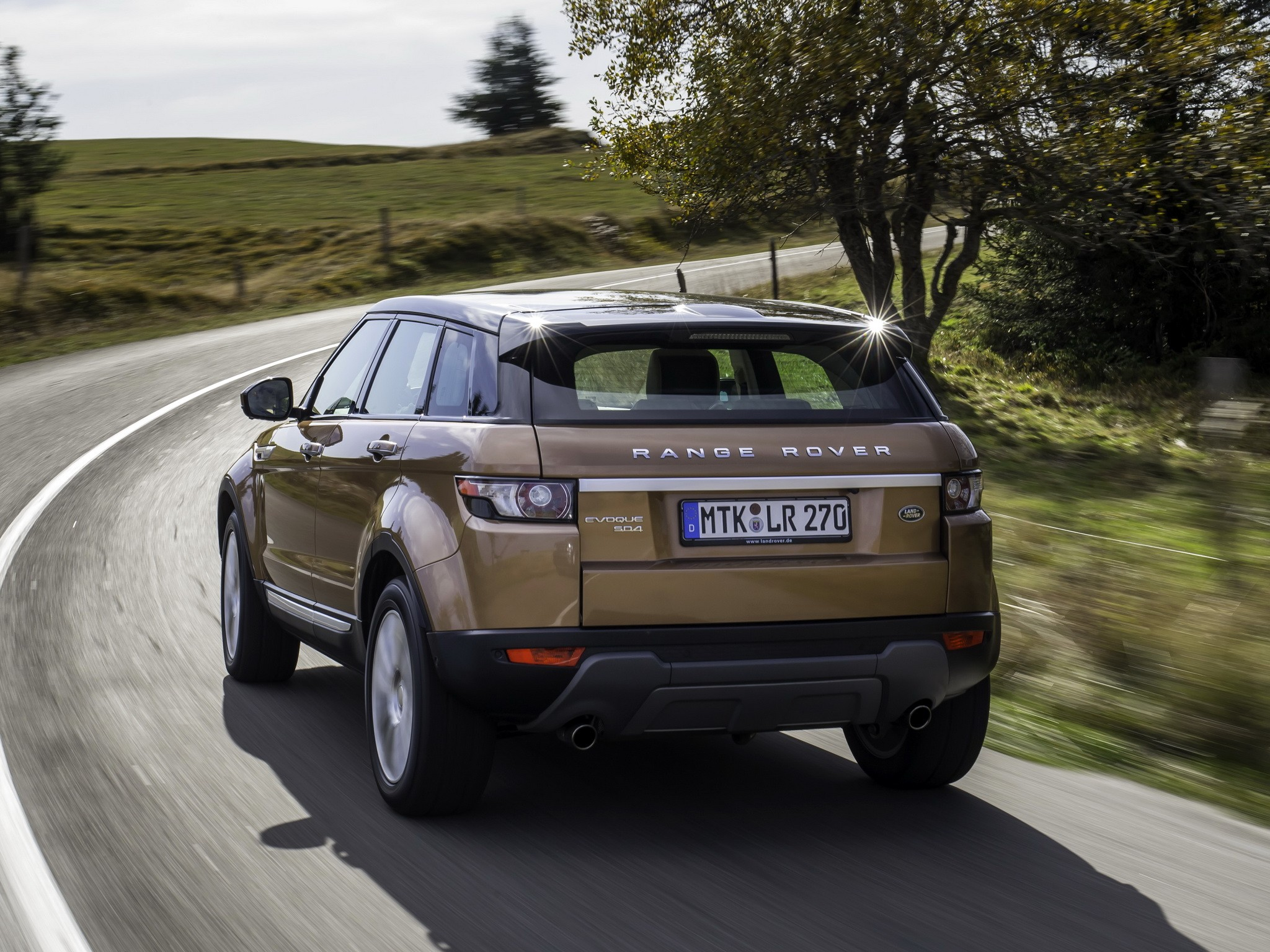 2019 Land Rover Range Rover Evoque 5 door photo - 6