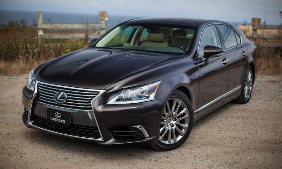 2019 Lexus LS 600h photo - 2