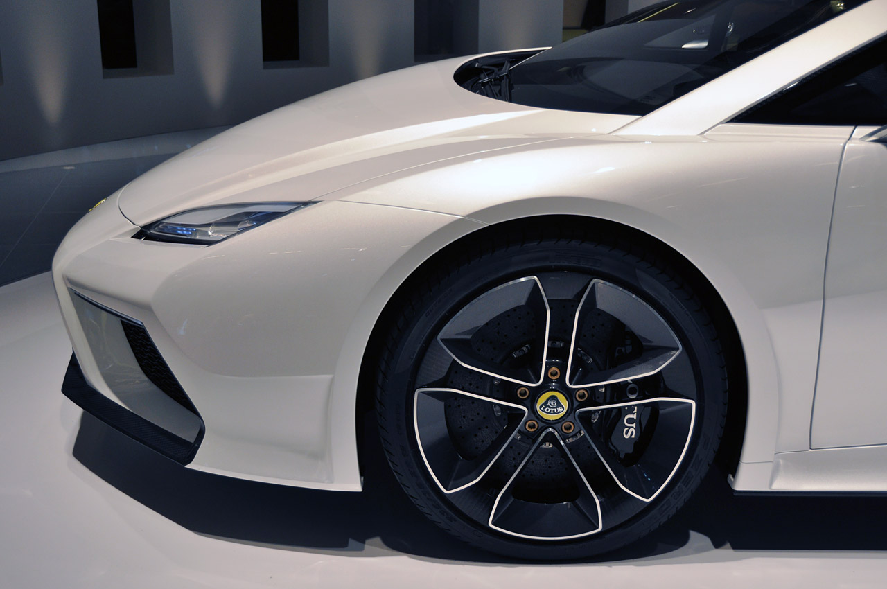 2019 Lotus Esprit Concept photo - 1
