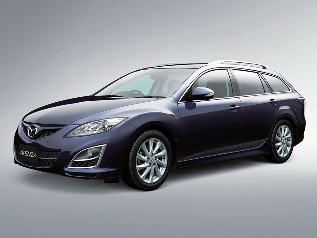 2019 Mazda Atenza Sport Wagon photo - 4