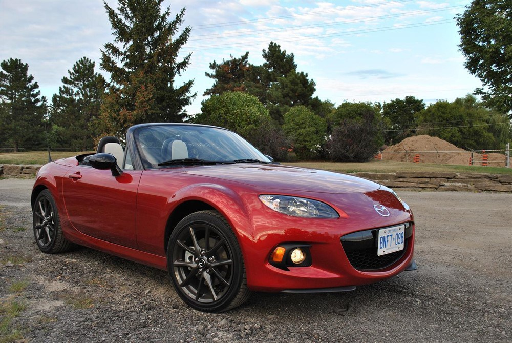 2019 Mazda MX 5 25th Anniversary photo - 1