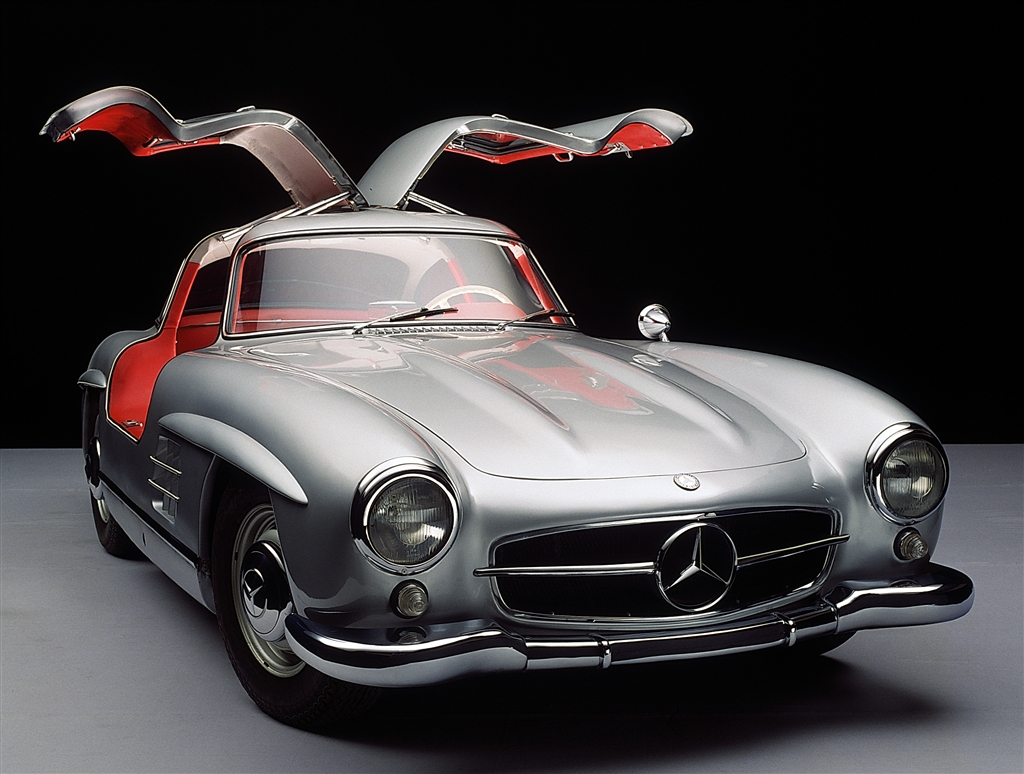 2019 Mercedes Benz 300 SL photo - 3