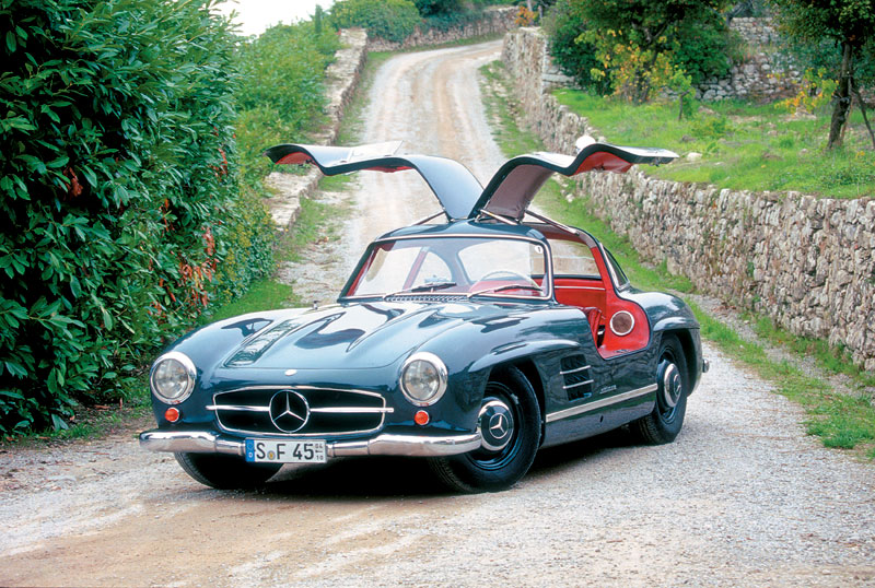 2019 Mercedes Benz 300 SL photo - 4