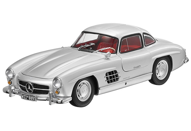 2019 Mercedes Benz 300 SL Gullwing photo - 4