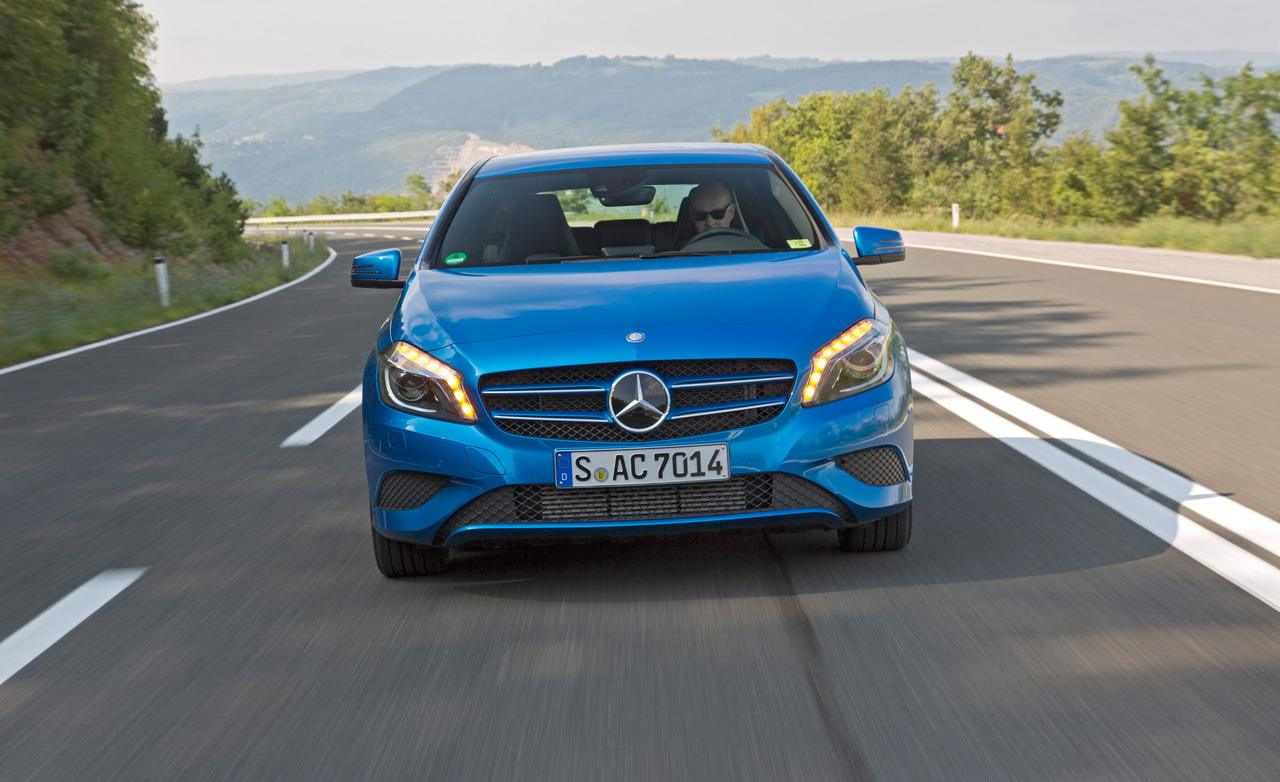 2019 Mercedes Benz A200 Elegance 5door photo - 5
