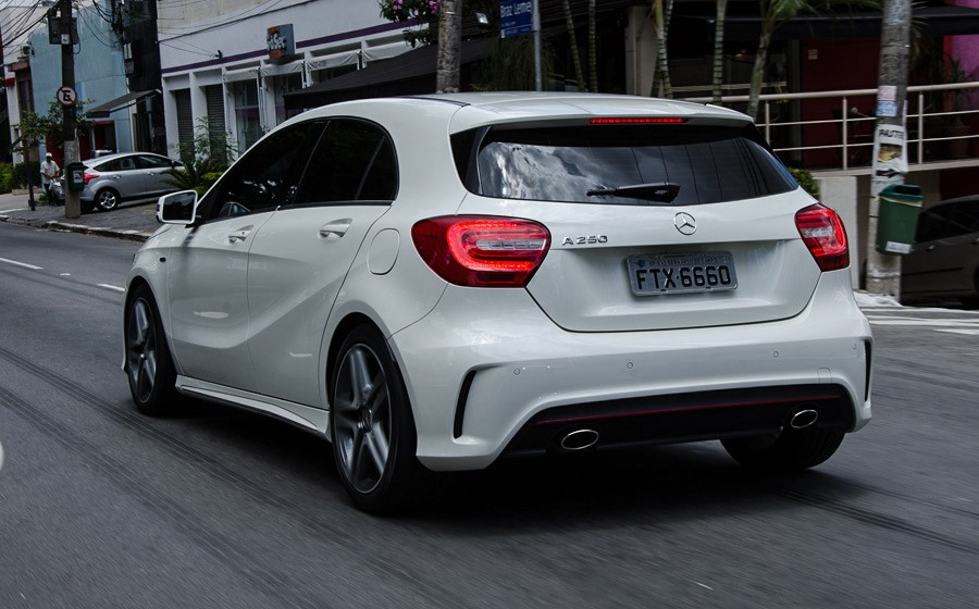 2019 Mercedes Benz A200 Elegance 5door photo - 6