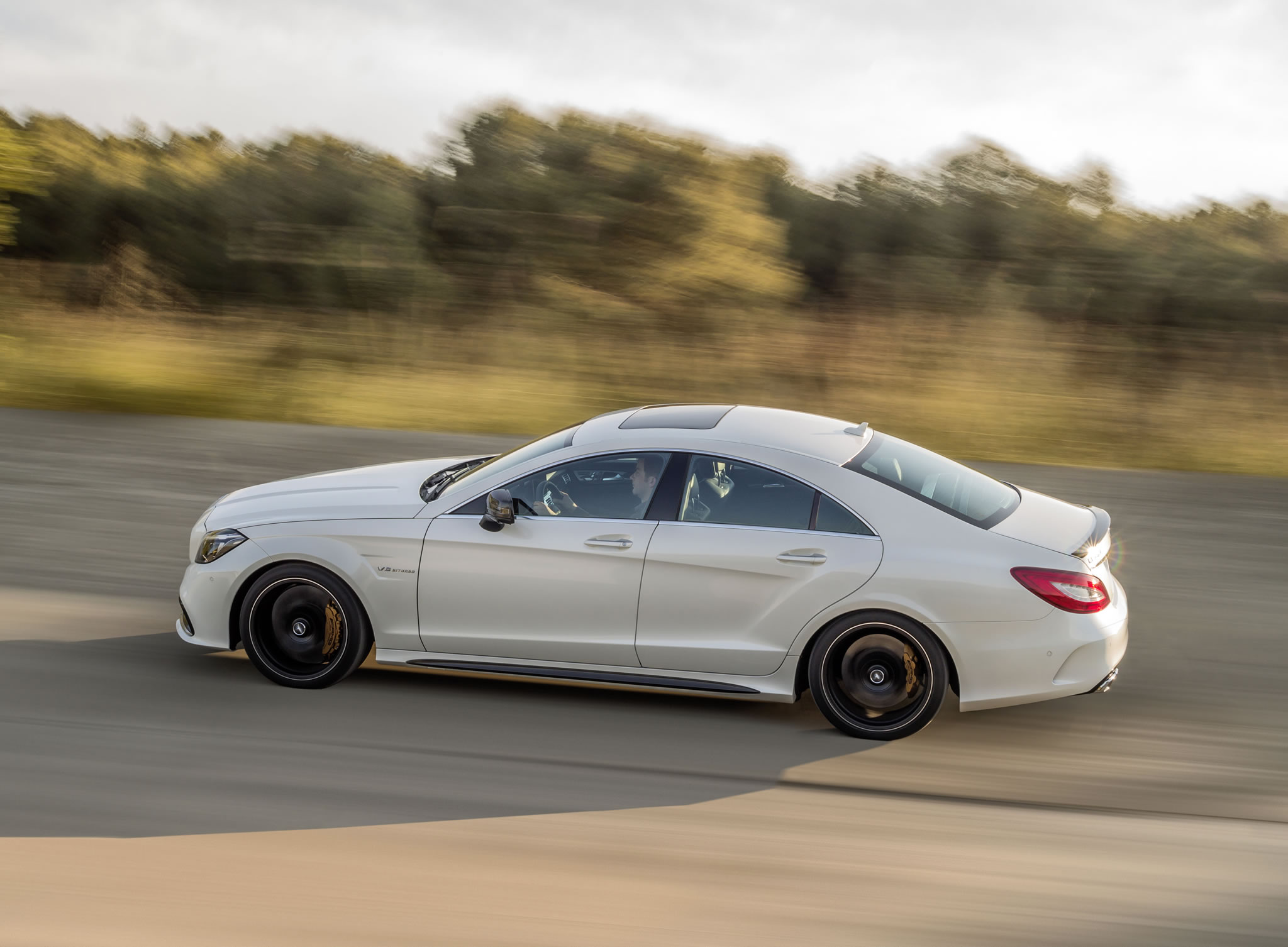2019 Mercedes Benz CLS63 AMG photo - 3