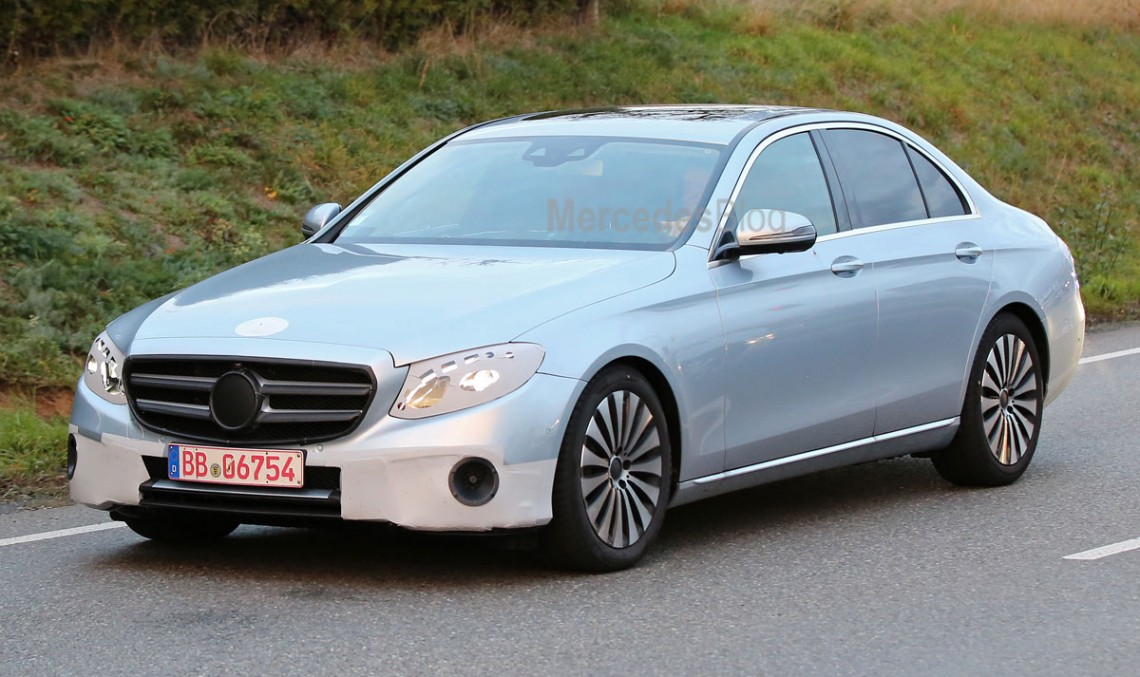 2019 Mercedes Benz E Class photo - 4