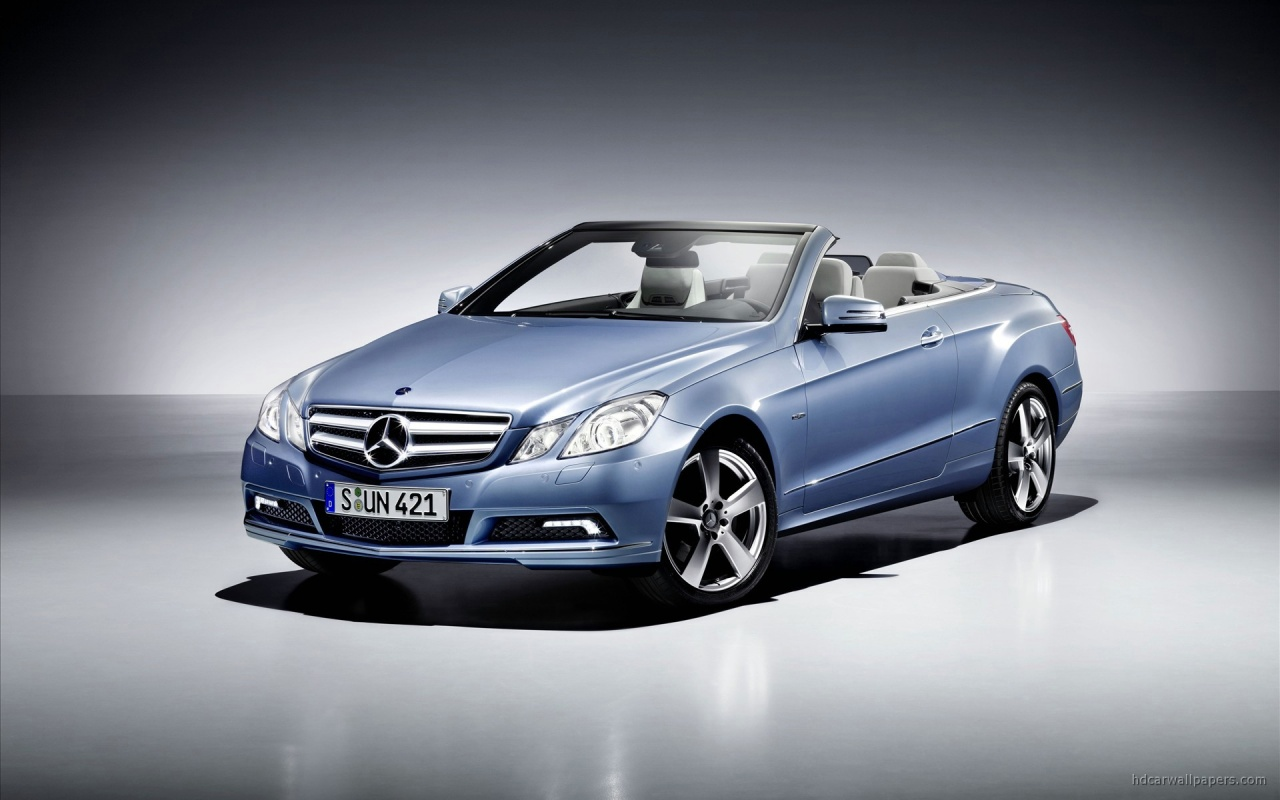 2019 Mercedes Benz E Class Cabriolet photo - 3