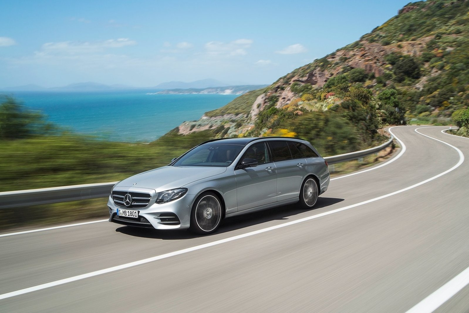 2019 Mercedes Benz E Class Estate photo - 3
