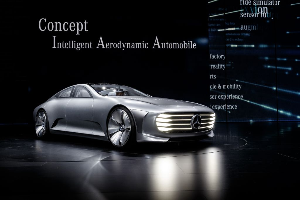 2019 Mercedes Benz F 200 Concept photo - 3