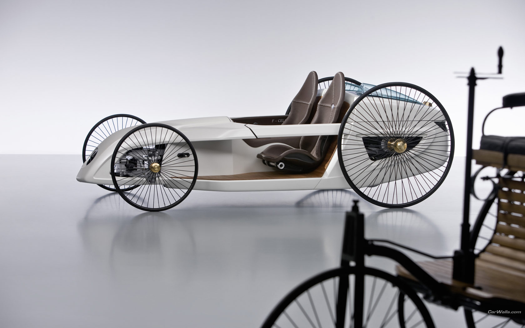 2019 Mercedes Benz F Cell Roadster Concept photo - 2