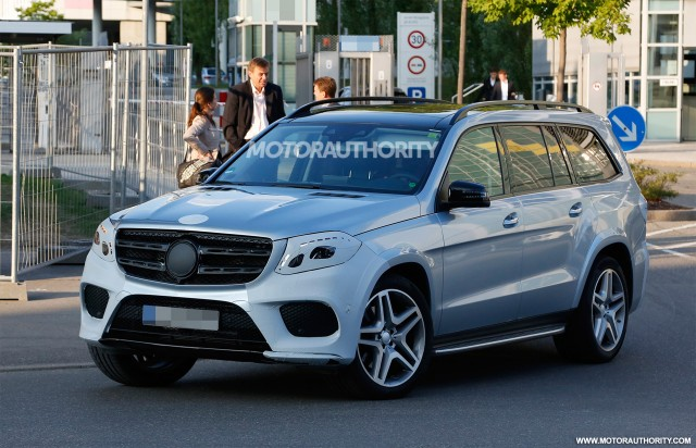 2019 Mercedes Benz GL Class photo - 1