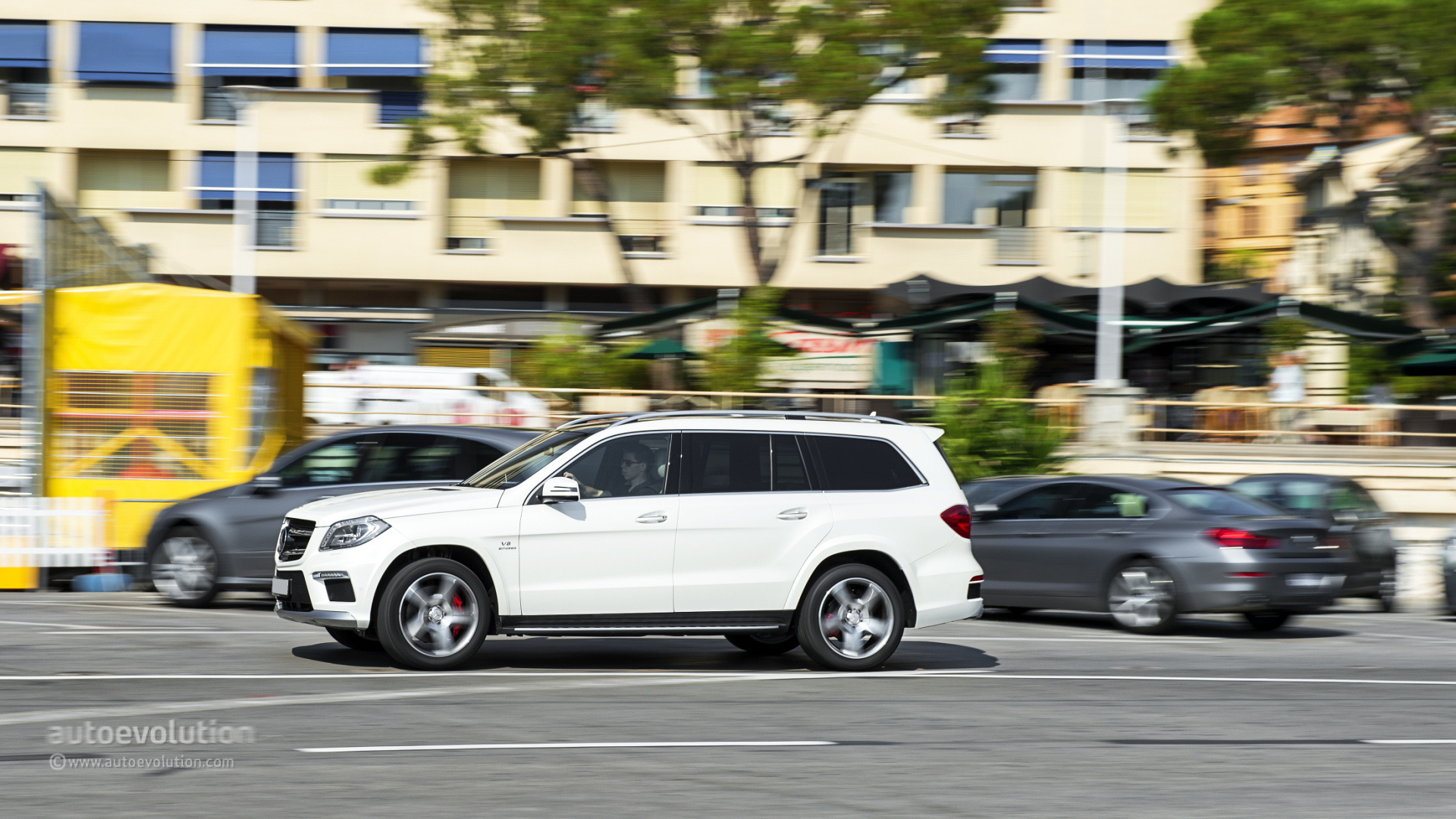 2019 Mercedes Benz GL63 AMG photo - 2