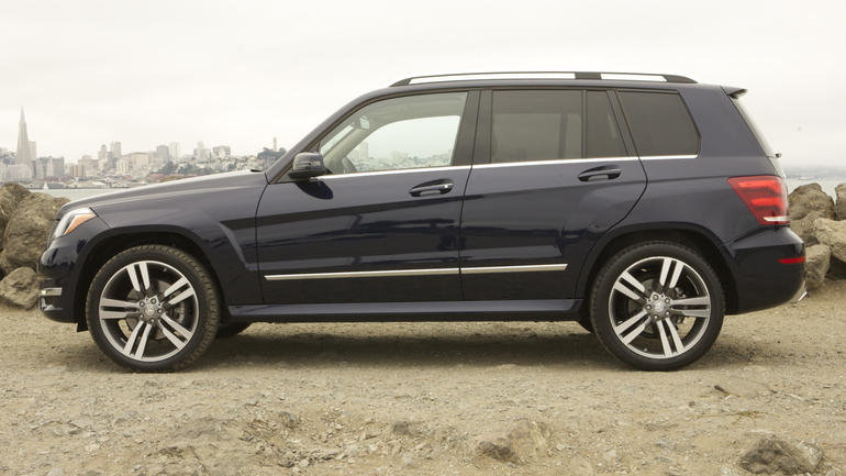 2019 Mercedes Benz GLK350 4Matic photo - 3