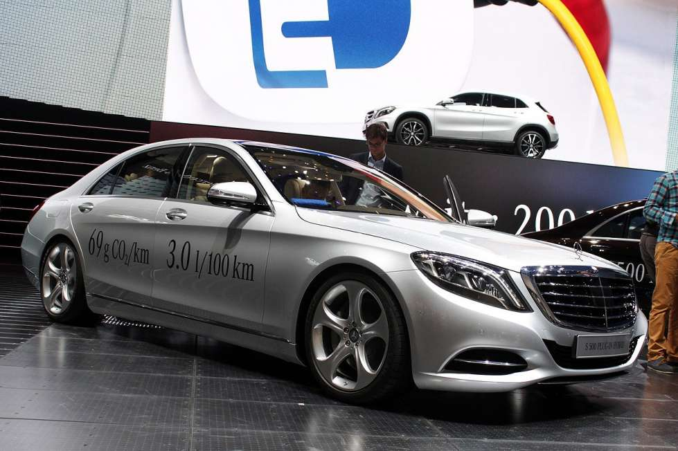 2019 Mercedes Benz S500 Plug in Hybrid Concept photo - 4