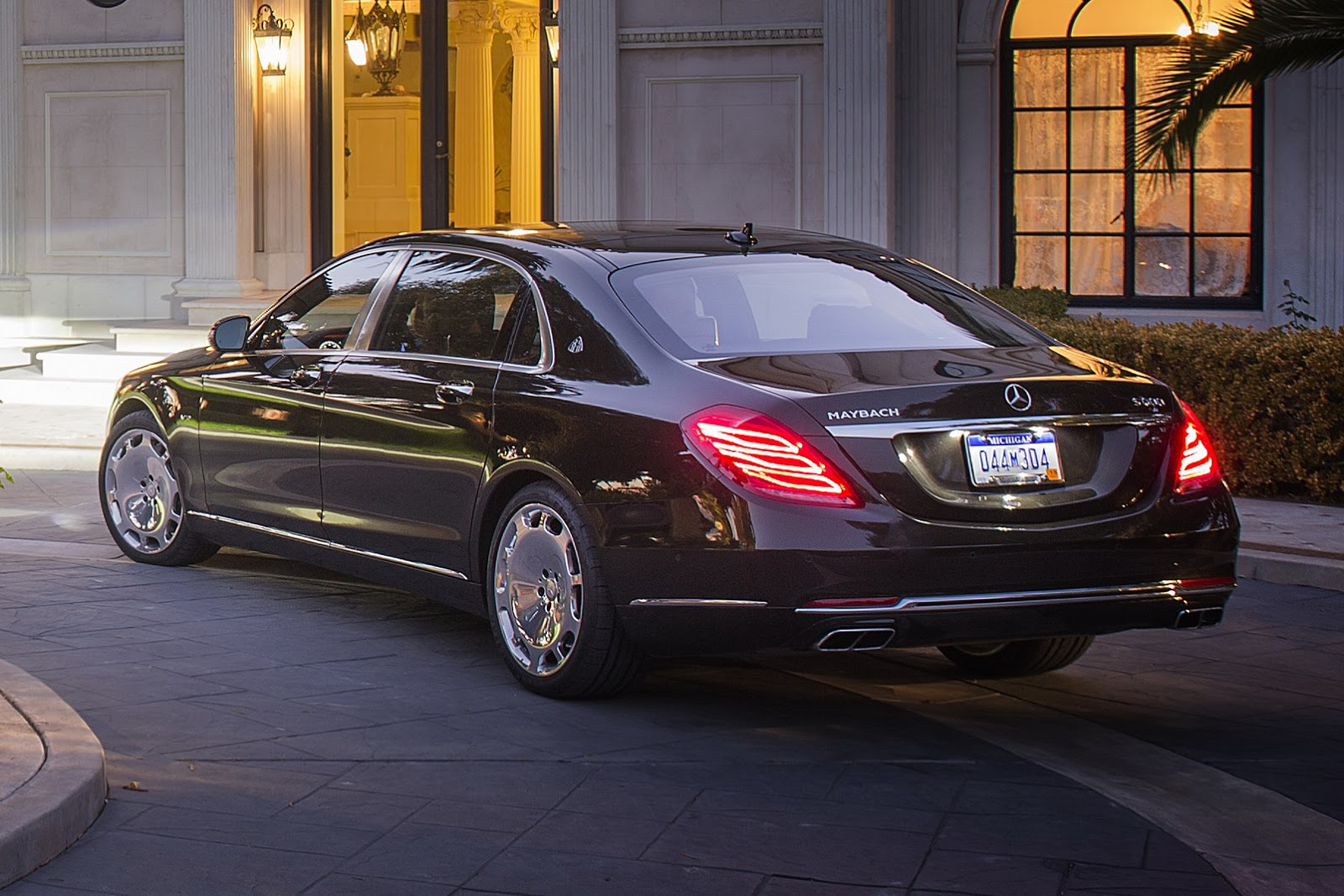 2019 Mercedes Benz S600 Pullman Maybach photo - 2