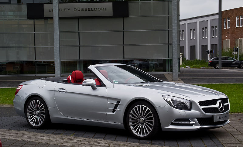 2019 Mercedes Benz SL600 photo - 3