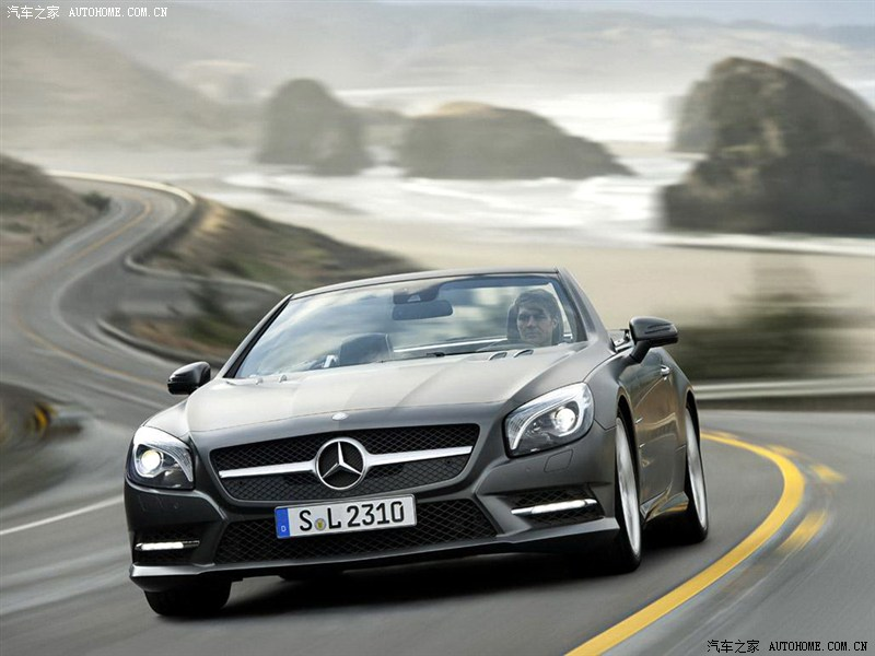 2019 Mercedes Benz SL600 photo - 6