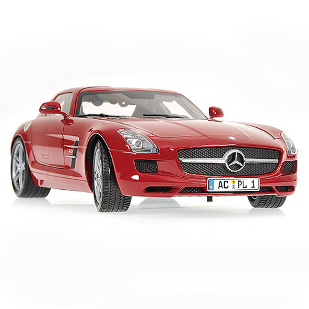 2019 Mercedes Benz SLS AMG photo - 3