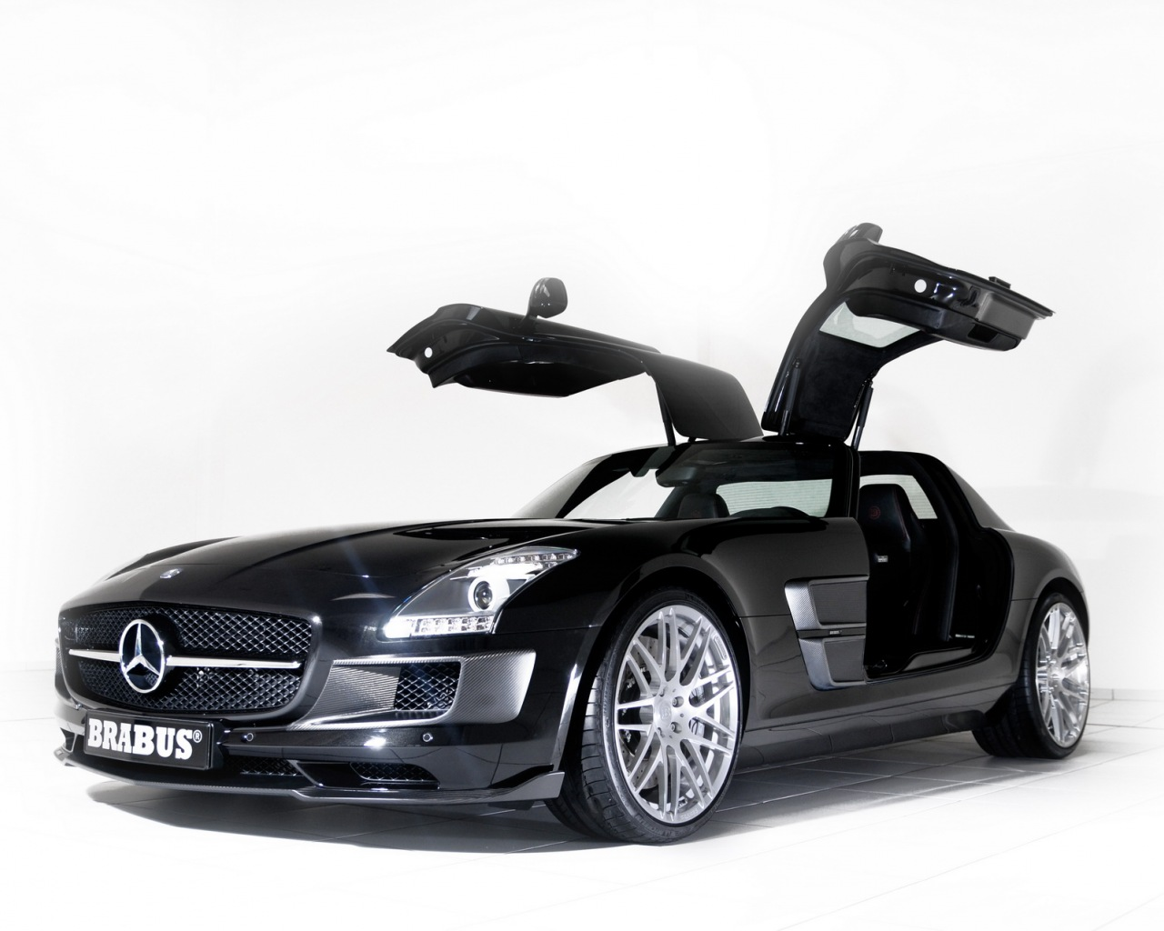 2019 Mercedes Benz SLS AMG US Version photo - 6