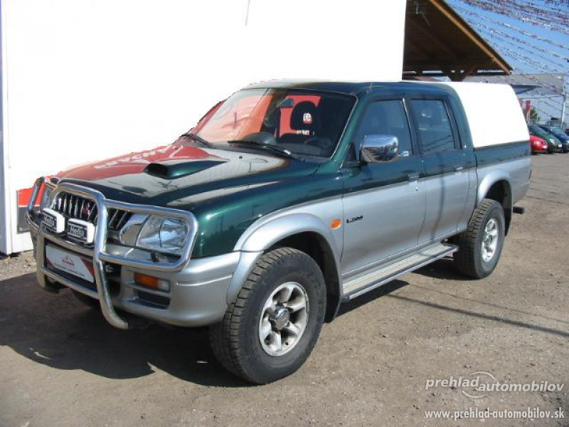 2019 Mitsubishi L200 Club Cab photo - 3