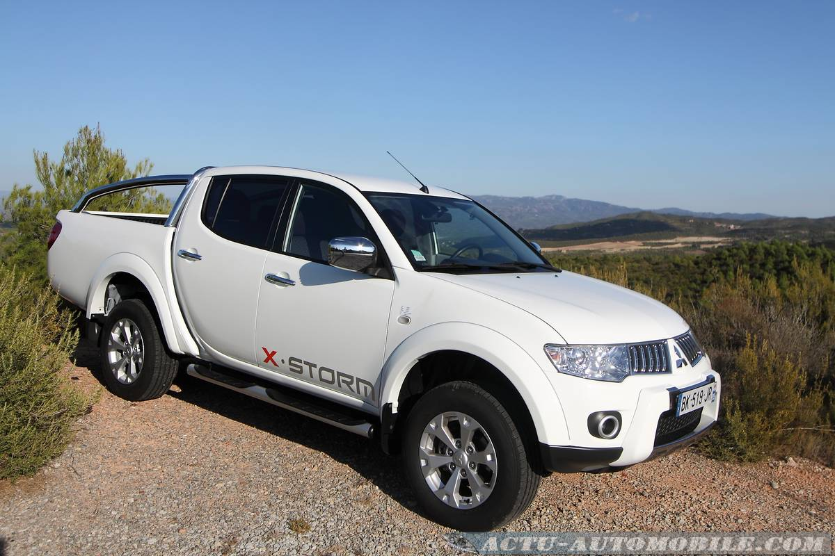 2019 Mitsubishi L200 Double Cab photo - 6