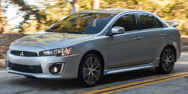 2019 Mitsubishi Lancer Ralliart photo - 5