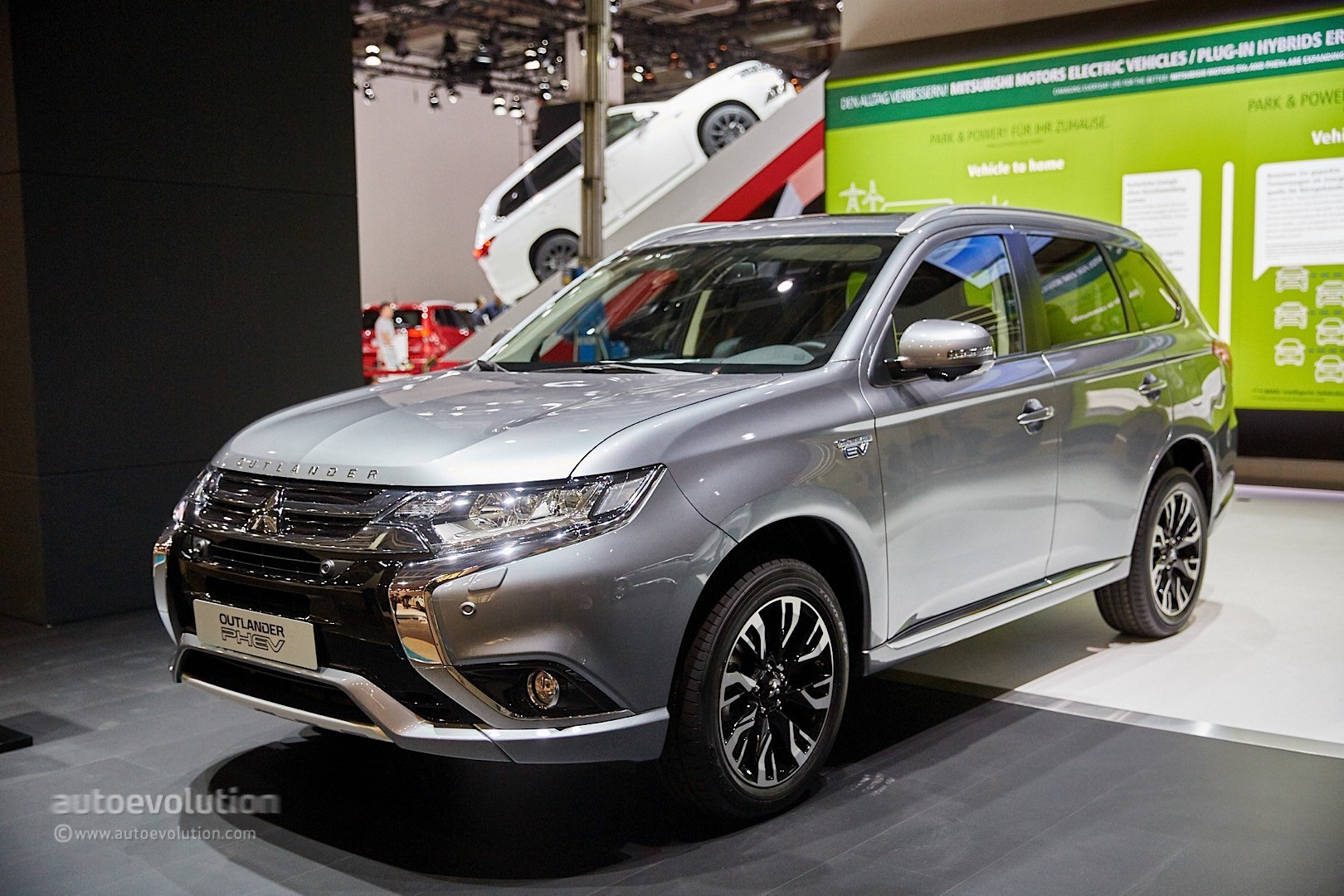 2019 Mitsubishi Outlander Turbo European Version photo - 6