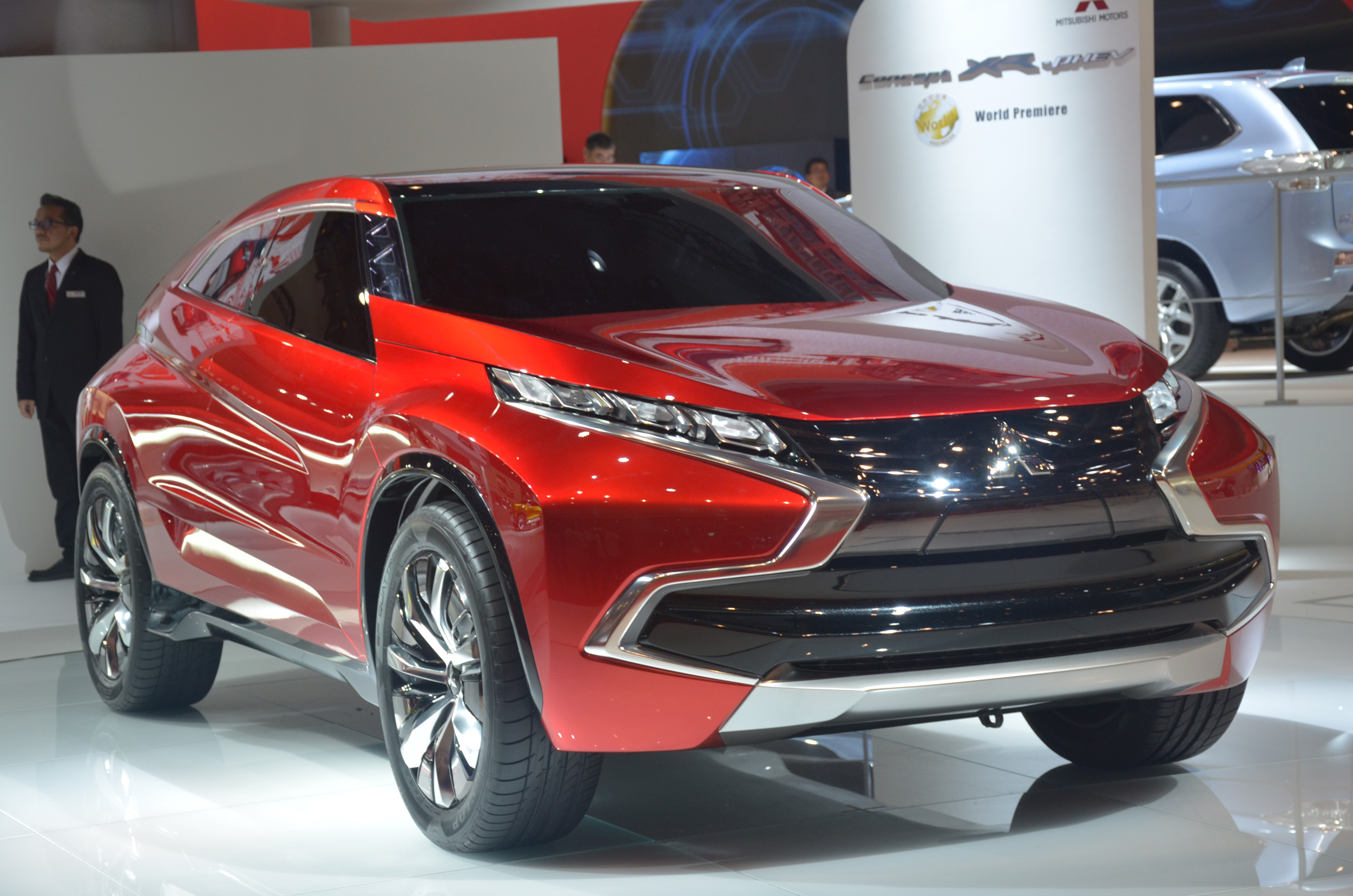 2019 Mitsubishi XR PHEV Concept | Car Photos Catalog 2017