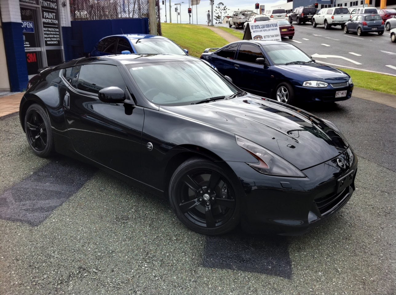 2019 Nissan 370Z Black Edition photo - 6