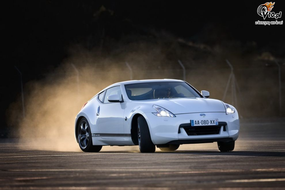 2019 Nissan 370Z GT Edition photo - 2