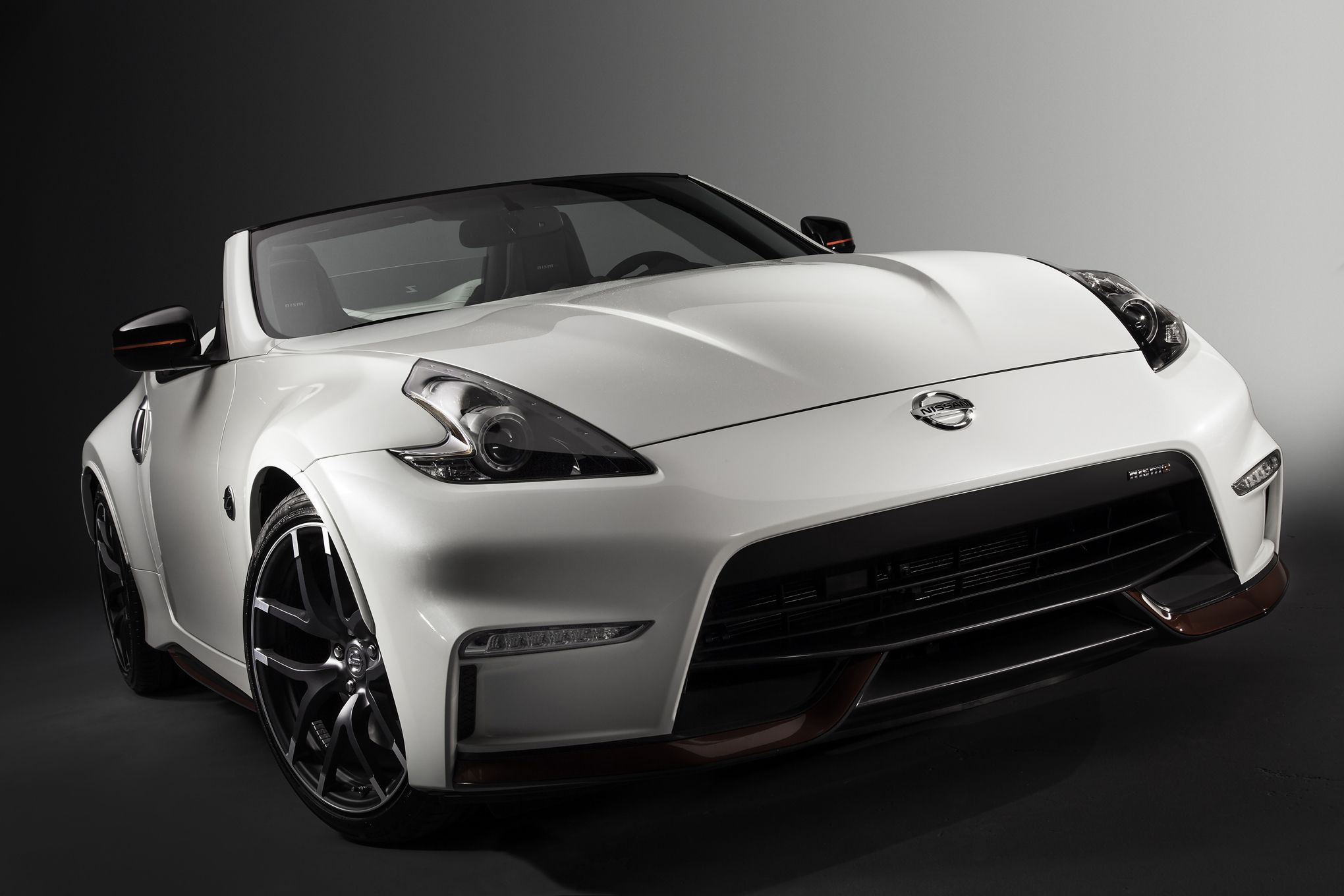 2019 Nissan 370Z Nismo Roadster Concept photo - 2