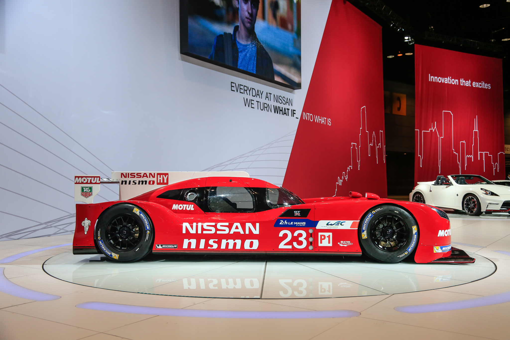 2019 Nissan GT R LM Nismo Racecar photo - 1