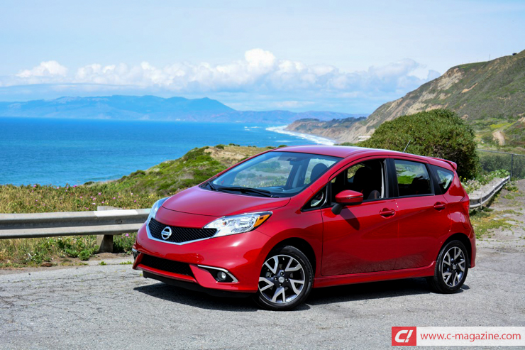 2019 Nissan Versa Note SR photo - 4