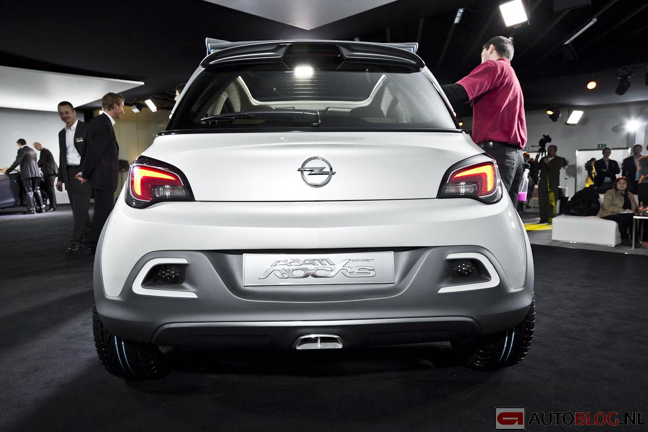 2019 Opel Adam Rocks Concept photo - 1