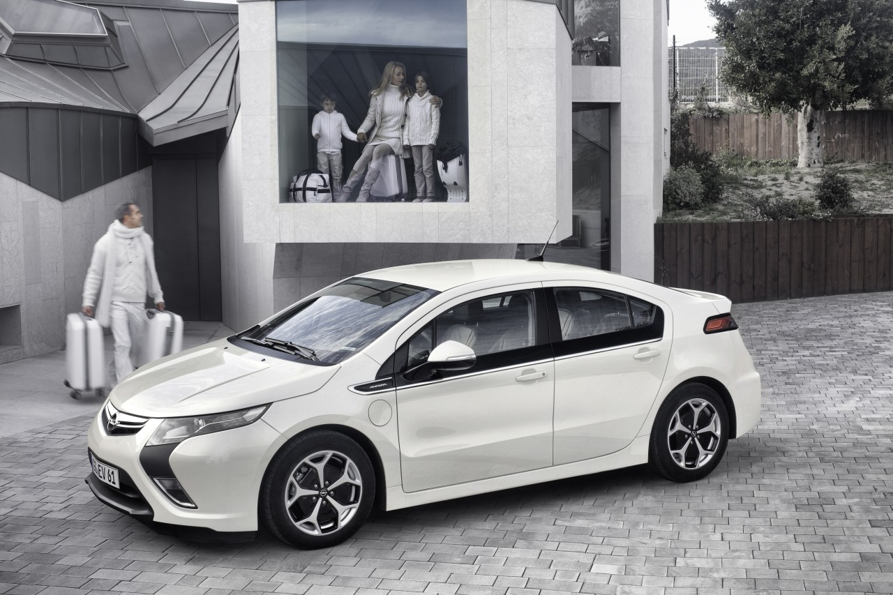 2019 Opel Ampera photo - 3