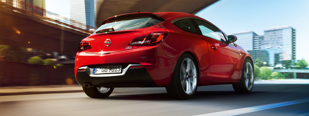 2019 Opel Astra GTC photo - 1