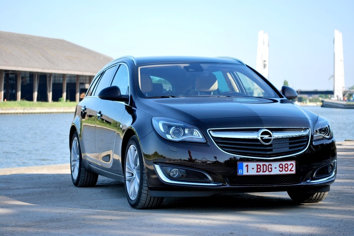 2019 Opel Insignia photo - 1