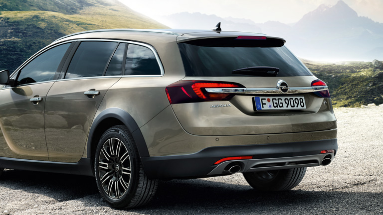 2019 Opel Insignia Country Tourer photo - 2
