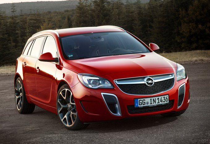 2019 Opel Insignia Sports Tourer photo - 1