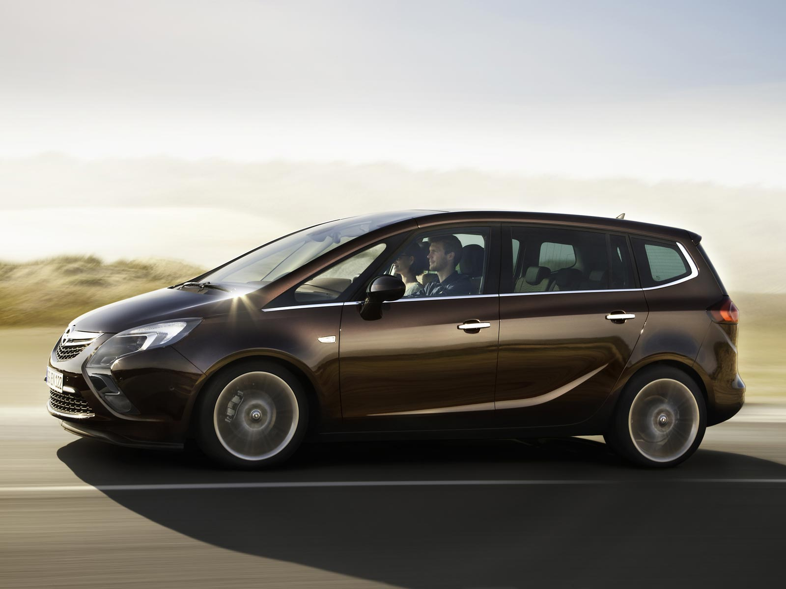 2019 Opel Zafira Tourer photo - 6