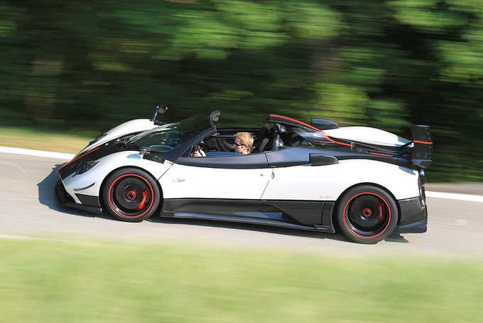 2019 Pagani Zonda Cinque Roadster photo - 5