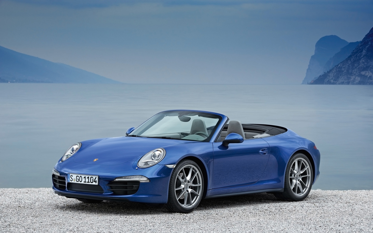 2019 Porsche 911 Carrera 2 Cabrio photo - 3