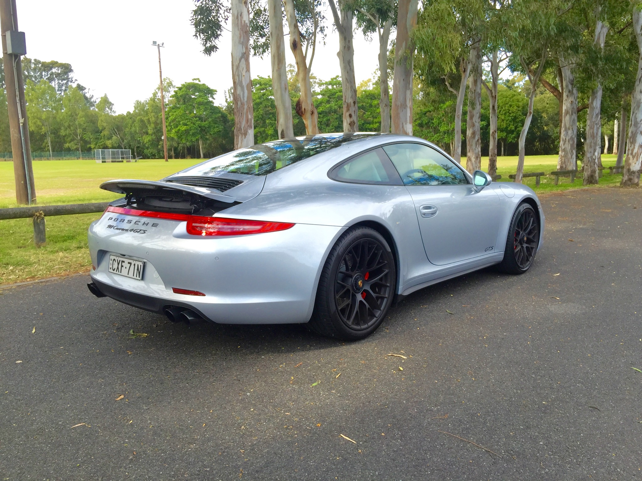 2019 Porsche 911 Carrera 4 GTS photo - 1