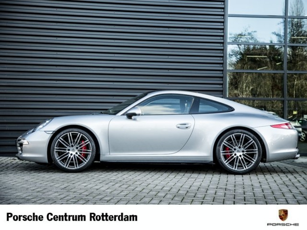 2019 Porsche 911 Carrera Coupe photo - 1